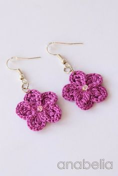 Crochet earrings by Anabelia