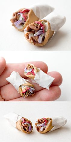 Greek Gyro by Ddallas on DeviantArt - Food: Veggie tables Miniature Crafts, Miniature Food, Miniature Dolls, Barbie Food, Doll Food, Tiny Food, Fake Food, Polymer Clay Miniatures, Polymer Clay Crafts