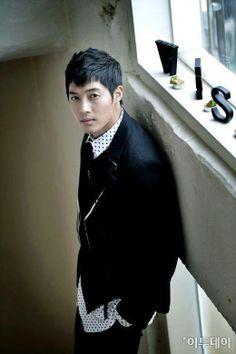 Kim Hyun Joong (김현중)