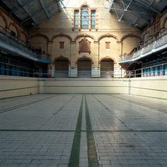 Ruins - Abandoned pools - Victoria