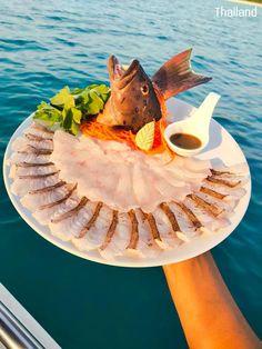 Travel to the sea, eat fresh 🐟 Sashimi Japanese food in Thai style, and the best view in the Gulf of Thailand. 🚣♂️ @ Koh Samaesarn (เกาะแสมสาร), Sattahib, Chon Buri, Thailand. © Credit: บริการเรือตกหมึก ตกปลา - ไต๋บุ๊ค แสมสาร #food #SeaFood #sea #sashimi #travel #tourism #cuisine #Thailand #culture #ThaiCulture #WelcomToThailand #ProudToBeThai