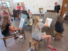 High school students join a summer intensive on Drawing!