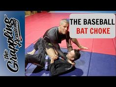 The baseball bat choke or spinning choke or what ever you might like to call it is one of my favourites. And I used to do a lot of these. It can be very dece. Jiu Jitsu Moves, Jiu Jitsu Gi, Krav Maga Techniques, Jiu Jitsu Techniques, Jiu Jitsu Videos, Jiu Jutsu, Jiu Jitsu Training, Marlins Baseball, Basketball Games For Kids