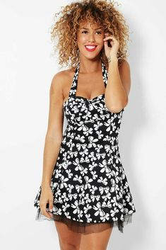 Monochrome Bow Print Steampunk Netted Mini Dress Halterneck UK 8 10 12 14 Womens Steampunk Dress, Gothic Steampunk, 1920 Flapper Dresses, Cool Trainers, High Street Trends, Studded Handbags, Everyday Items, Office Dresses, Butterfly Print