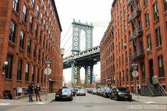 Cómo cruzar el puente de Manhattan a pie. Descubre uno de los puentes más famosos de Nueva York y disfruta de unas vistas geniales del Brooklyn Bridge.
