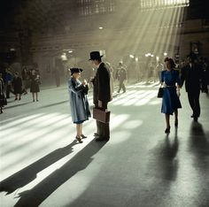 Solid-Faced Canvas Print Wall Art Print entitled Passengers at Grand Central Terminal in New York City, 1941 Berenice Abbott, Bloomington Indiana, Indianapolis Indiana, Colorized Photos, Colorized History, Renaissance Era, Renaissance Paintings, Central Station, Grafik Design