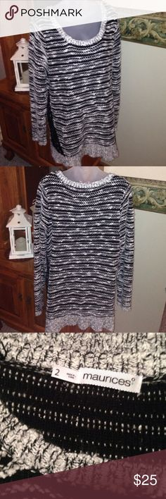 Maurices Sweater Plus 2 Maurices Sweater Plus Size 2. Only worn once. Great Preowned Condition. Any questions please ask. Thank You 😊 Maurices Sweaters Crew & Scoop Necks