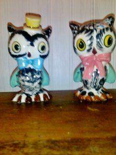 Antique Owl Salt and Pepper shakers  #antique #owl #kitchen #kitsch