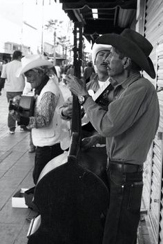 mexicans. SHARE YOUR TRAVEL EXPERIENCE ON www.thetripmill.com! Be a #tripmiller!
