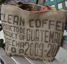 Burlap bag - J: OMGoodness! How fun is this? We just bought some burlap bags that have this print on them! [still had a little raw coffee in them too. Burlap Coffee Bags, Coffee Bean Bags, Coffee Sacks, Diy Bags Purses, Diy Purse, Burlap Sacks, Hessian, Burlap Purse, Sacs Tote Bags