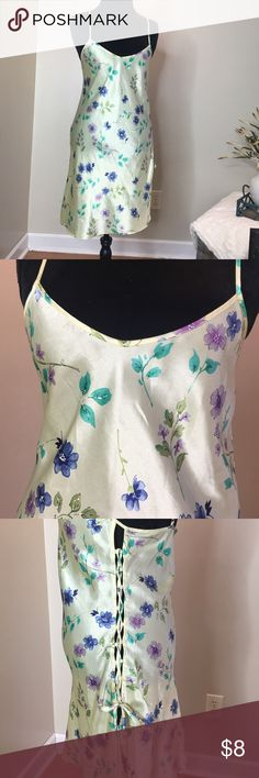 Cute spring floral chemise Yellow floral chemise by Inner Most in size medium Inner Most Intimates & Sleepwear Chemises & Slips