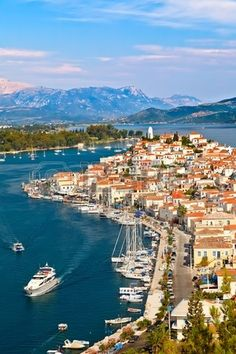 Vista de Poros, Grecia!