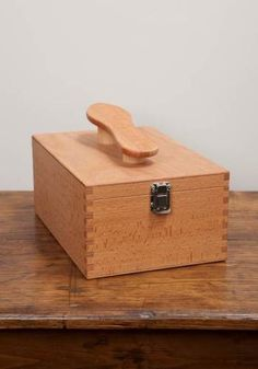 Boot Polishing Valet Box in Beech - £70.00 - Lissom & Muster