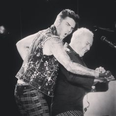 「#adamlambert owning the stage ✌ So happy I went to see them again!  #queen #queenmusic #queenwillrock #brianmay #rogertaylor #singer #freddiemercury…」by perhonita instagram.com/p/zD7BE5oFt3/