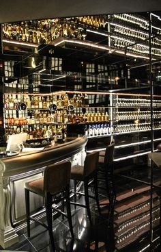 Whiskey bar & cigar lounge at Steaking, Paris 06