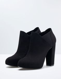 Bershka Bosnia and Herzegovina - Bershka elastic evening ankle boots Black Ankle Boots, Heeled Boots, Bootie Boots, Shoe Boots, Shoes Heels, Boot Socks, Black Booties, Ankle Booties, Pretty Shoes