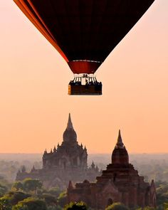 Breathtaking Places Bagan / Myanmar - Ten of the most breathtaking places in the world Best Places To Travel, New Travel, Travel Goals, Cool Places To Visit, Places To Go, Skiing In Japan, Air Balloon Rides, Bagan, Best Vacations