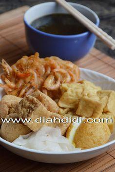 Diah Didi's Kitchen: Tahu Pong Kuah Khas Semarang