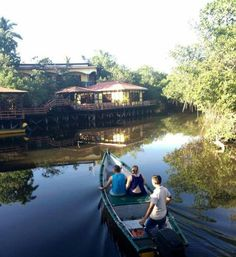 Tour en Kayak en el Hotel Rancho Estero y Mar.El Salvador.