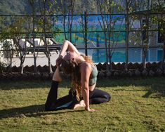 Yoga Teacher Training in Rishikesh! And why in India? All of these questions and much more in this post! Group Meditation, Chair Pose, Yoga School, Rishikesh, Pranayama, Run Around, Yoga Teacher Training, Ayurveda, Just Go