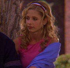 Spike Buffy, Buffy The Vampire Slayer, Flippy Hair, Sarah Michelle Gellar Buffy, Buffy Summers, Only Girl, I Icon, Summer Girls, Gorgeous Women