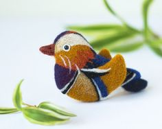 Small Bird Brooch Mandarin Duck pin Bird pins от TaniaFelt на Etsy