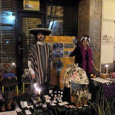"""La noche del lunes 31 de Octubre , la Madalena se viste de gala para el VII Madalena Street Market y la celebración de """"la noche de los fieles difuntos"""" siguiendo la costumbres mexicanas. El Madalena Street Market apuesta por un comercio de proximidad, por un consumo responsable y amable con el vecindario."""