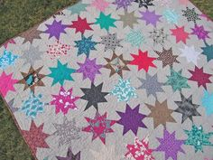 Sparkle Punch Quilting Tutorials, Quilting Projects, Quilting Ideas, Quilt Patterns, Modern Quilting, Colorful Quilts, Patchwork, Elizabeth Hartman Quilts, Star Quilts