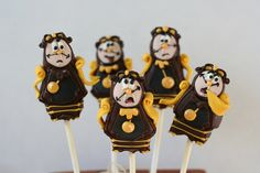 Cogsworth Cake Pops - Beauty and the Beast Beauty And The Beast Cupcakes, Beauty And The Beast Theme, Disney Cake Pops, Disney Cakes, Wedding Desert Bar, Cake Pop Favors, No Bake Cake Pops, Cogsworth, Disney Princess Snow White