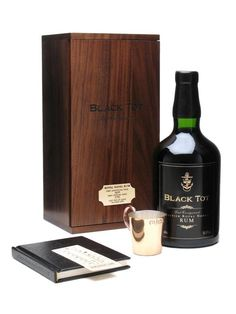 Black Tot Last Consignment / Royal Naval Rum : The Whisky Exchange