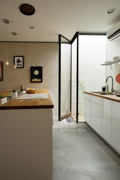 A Small, Sophisticated 468 Square Foot Urban Arizona Studio Apartment