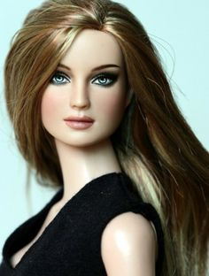 #Top100 #dollduels @Tonya Schultz Doll Company About Paulina Porizkova: Repaint by Yian. The doll is named after an 80s supermodel.