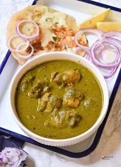 A new post and its another successful and healthy dish following my recipe of Hariyali Chicken , and yes its healthy Palak / Spinach Chi...
