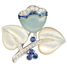 Van Cleef & Arpels Rare Mother of Pearl Sapphire Diamond Floral Brooch