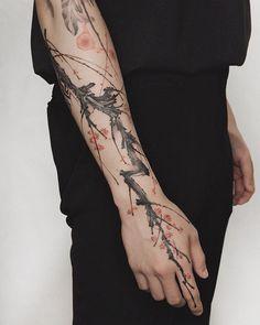Left Arm Tattoos, Sun Tattoos, Black Tattoos, Body Art Tattoos, Sleeve Tattoos, Cool Small Tattoos, Pretty Tattoos, Doodle Tattoo, Tattoo Drawings