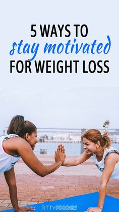 Tips For Weight Loss Motivation Don't give up just yet! Here are 5 effective ways to stay motivated when losing weight. Here are 5 effective ways to stay motivated when losing weight. Weight Loss For Men, Quick Weight Loss Diet, Loose Weight, Weight Loss Goals, Reduce Weight, Weight Loss Journey, How To Lose Weight Fast, Losing Weight, Prenatal Workout