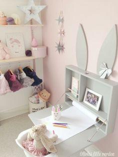 Bunny skrivebord Small Room Bedroom, Baby Bedroom, Baby Room Decor, Girls Bedroom, Bedroom Decor, Boys Bedroom Furniture, Baby Furniture, Bunny Room, Baby Kind