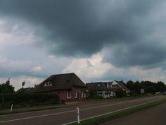 ER KOMT REGEN. TWIJZEL.Friesland