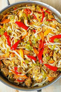 one skillet Mexican pasta dish, chicken dinner ideas Mexican Chicken Pasta Recipe, Mexican Food Recipes, Chicken Recipes, Mexican Pasta, Easy Pasta Recipes, Dinner Recipes, Cooking Recipes, Dinner Ideas, Pasta Dinners