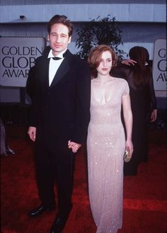gillovny is so real in this pic :::)