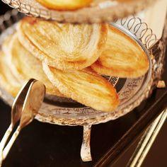 Frische Backwaren beim Frühstück im Kaffeehaus Grosz | www.cremeguides.com