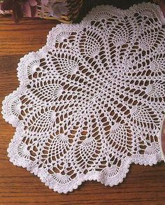 Free Oval Pineapple Tablecloth Pattern   ... of Pineapple Crochet Patterns Doily Tablecloth Shawls Afghan Round