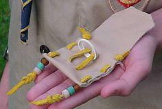 Idea for leather remnants - Neckerchief slide pouch