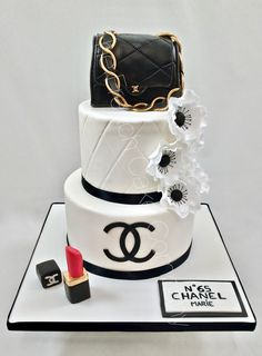 Girly Birthday Cakes, Birthday Cakes For Women, Cupcakes, Cupcake Cakes, Beautiful Cakes, Amazing Cakes, Coco Chanel Cake, Formation Patisserie, Simple Cake Designs