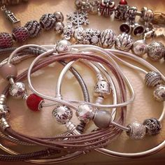 Really want to start a Pandora charm bracelet! So pretty!