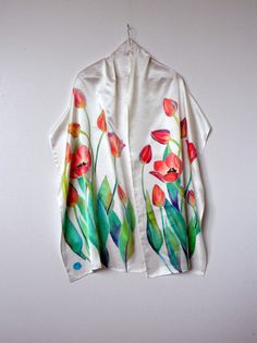Tulips scarf Hand painted silk scarf Handpainted White Painted silk Gifts for mom Floral shawl batik Summer Women scarves gift for her Hand Painted Dress, Painted Silk, Saree Painting, Silk Painting, Scarf Infinity, Basic Wardrobe Pieces, Fabric Paint Designs, Silk Art, Silk Shawl