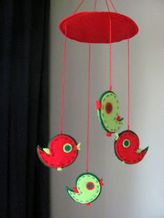 Of felt, and not only .: Mobil - pendant with birds Bird Mobile, Felt Mobile, Mobiles, Fabric Crafts, Sewing Crafts, Diy Crafts, Diy Projects To Try, Felt Projects, Felt Birds