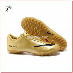 Astro turf, Football boots