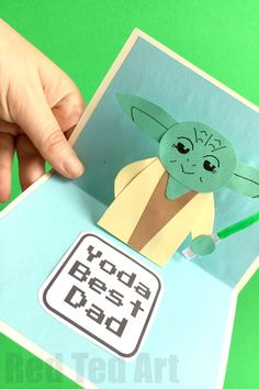 DIY Father's Day cards kids can make: Yoda Best Dad Card | Red Ted Art