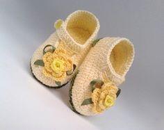 A 179 Sapatinhos de croche menina bebe